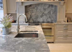 Bianco Eclypsia Quartz Worktops with Splash back and Matching island